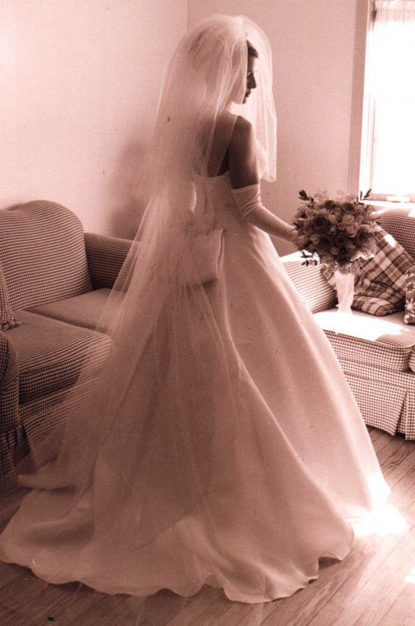 ... fuller look bridal veil both traditionally shaped and angel wing veils